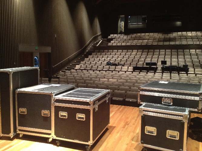 2012-tour-premiere-load-in